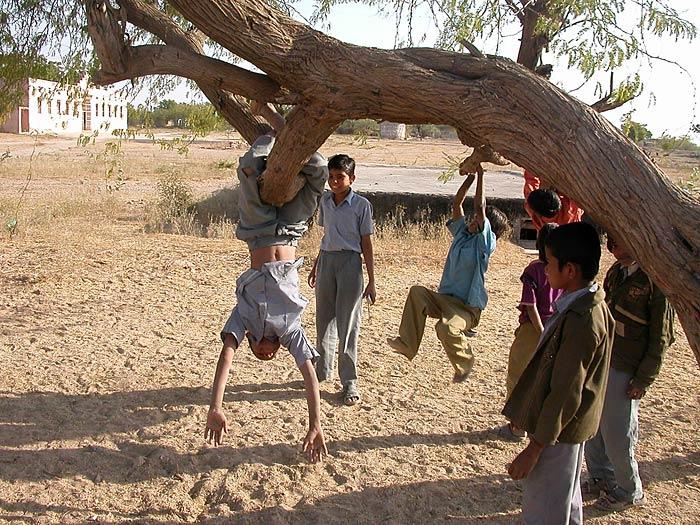 chilren in Rajasthan