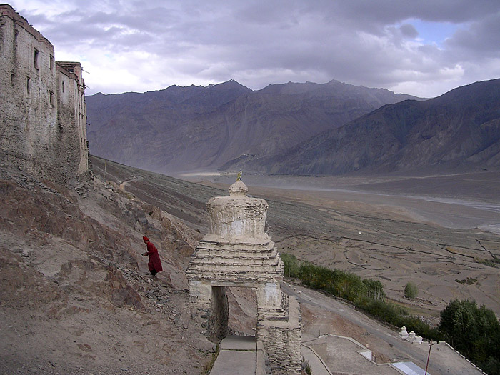 monk in zanskar