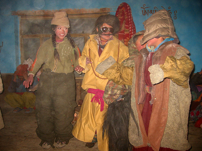girls doing drama in Zanskar