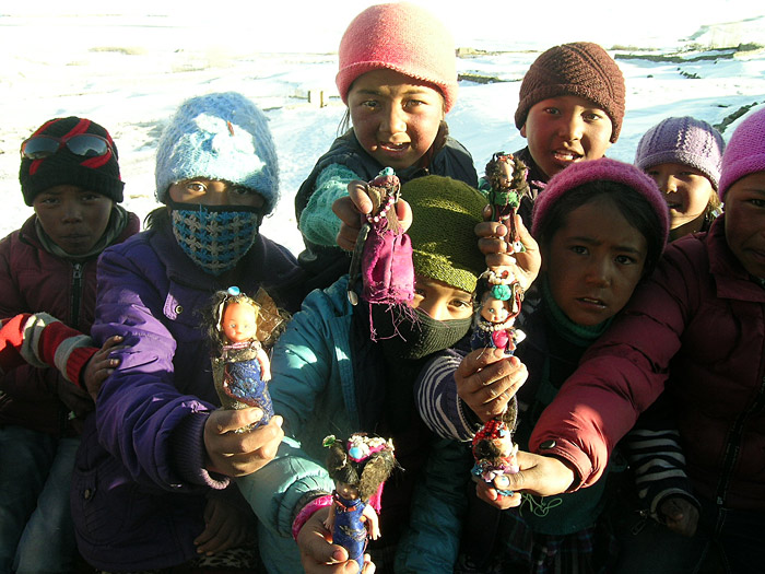 girls with their dolls in Zanskar