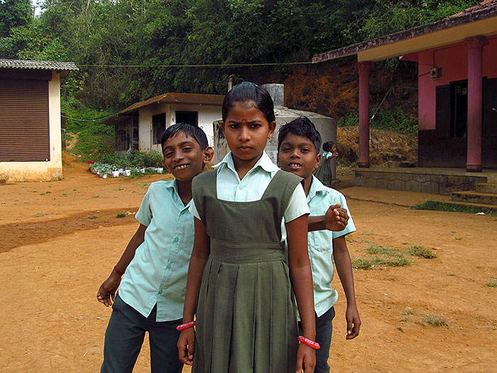 schoolchildren in Kerala