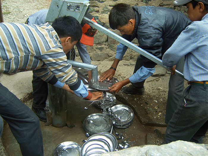 washing dishes in Zanskar