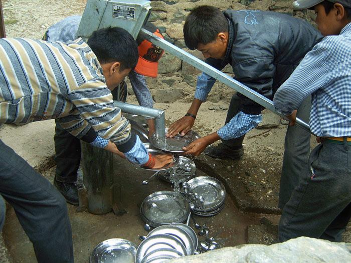 washing dishes in Zanskar