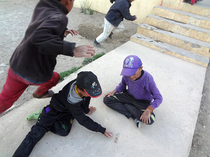 children playing in Zanskar