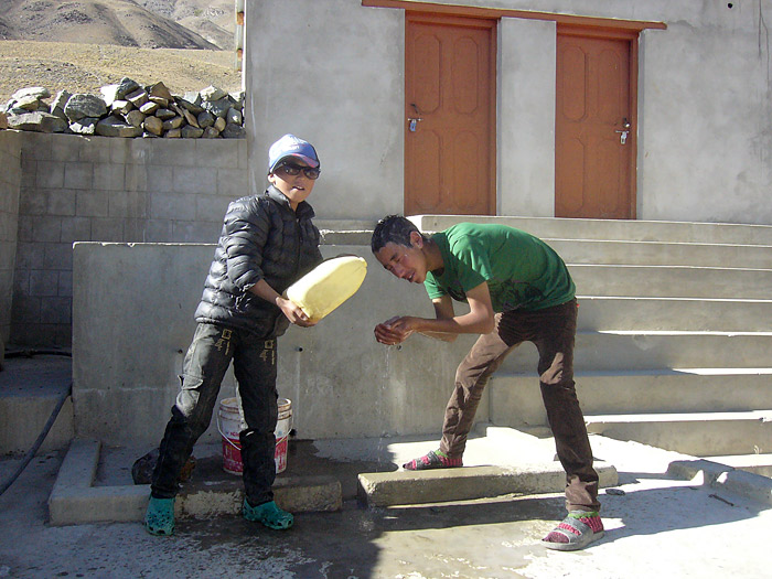 hair wash in Zanskar