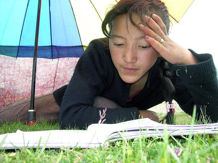learning girl in Zanskar